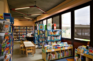 Biblioteca_civica_Luigi_Carluccio_sala_ragazzi